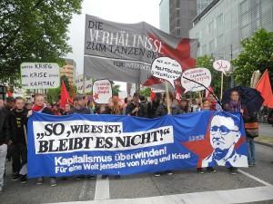 """""""So, wie es ist, bleibt es nicht!"""" – Bericht zum Antikapitalistischen Block auf der DGB-Demo"""