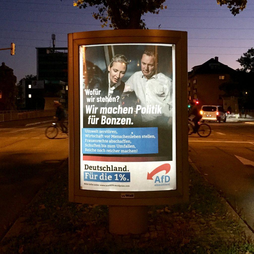 Adbusting-Aktion in Freiburg